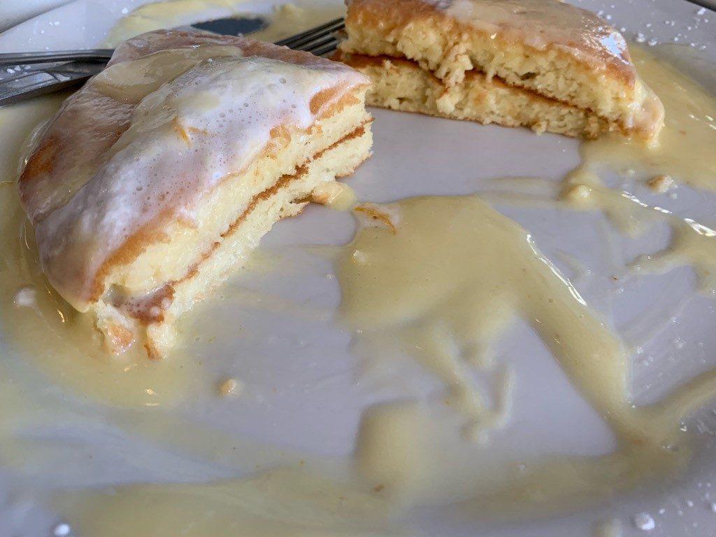 モケズ(Moke's)の料理 リリコイパンケーキ2