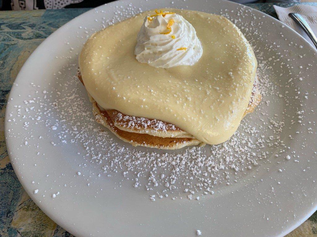 モケズ(Moke's)の料理 リリコイパンケーキ