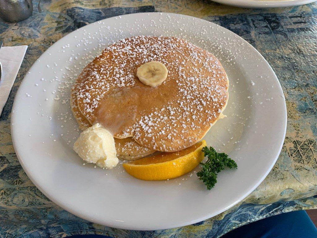 モケズ(Moke's)の料理 バナナパンケーキ