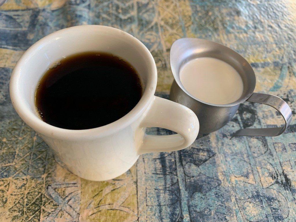 モケズ(Moke's)の飲み物 コーヒー